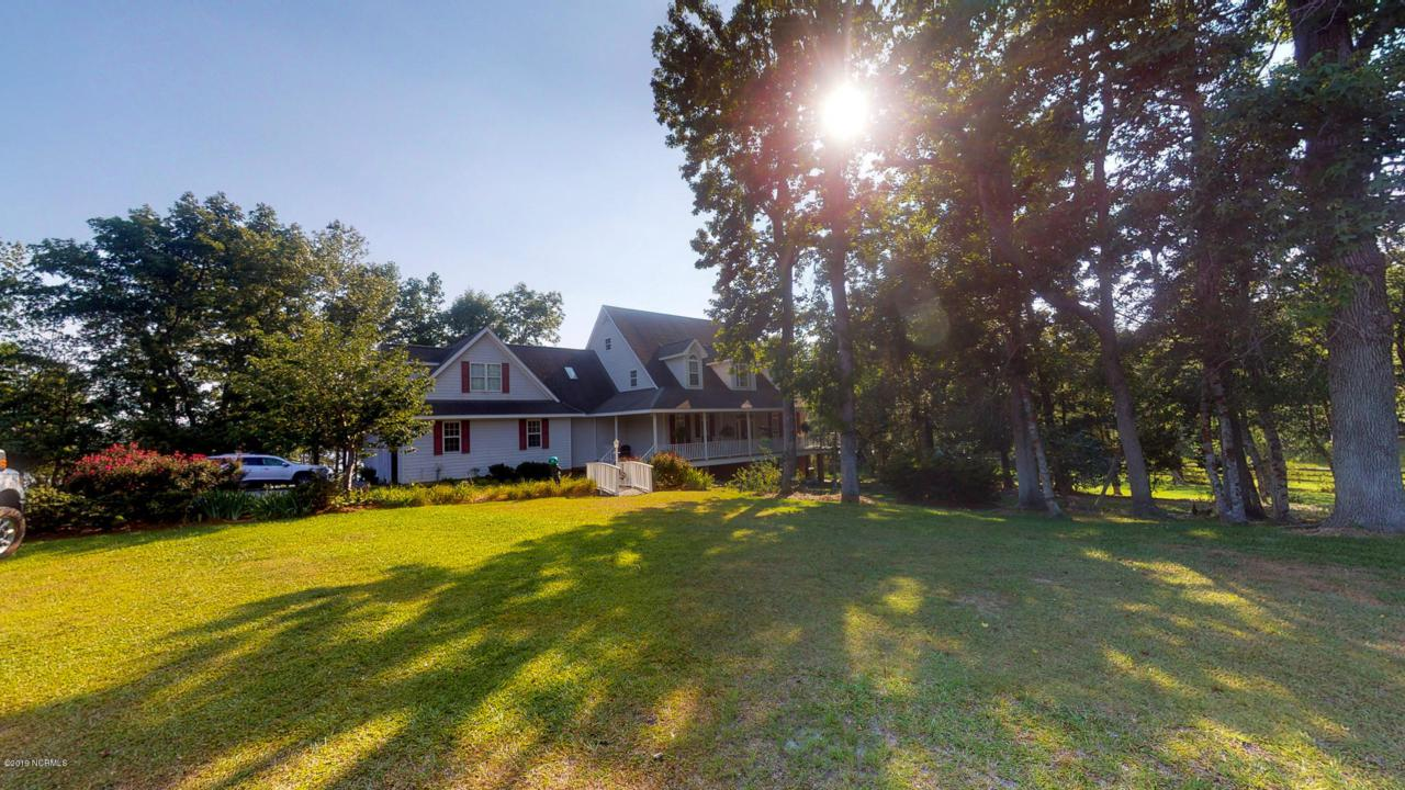 610 Holly Hill Road - Photo 1