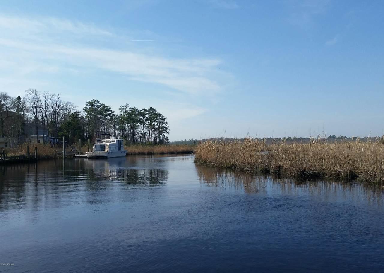 206 Waters Edge Drive - Photo 1