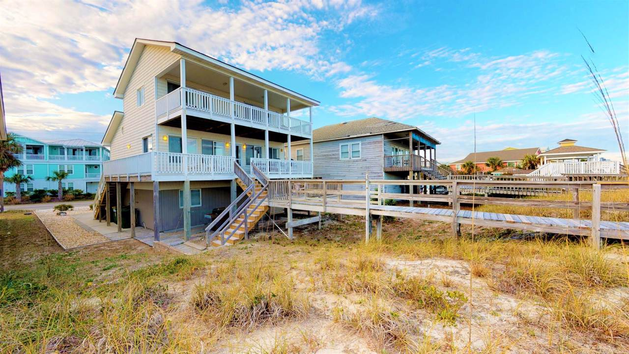 636 Fort Fisher Boulevard - Photo 1