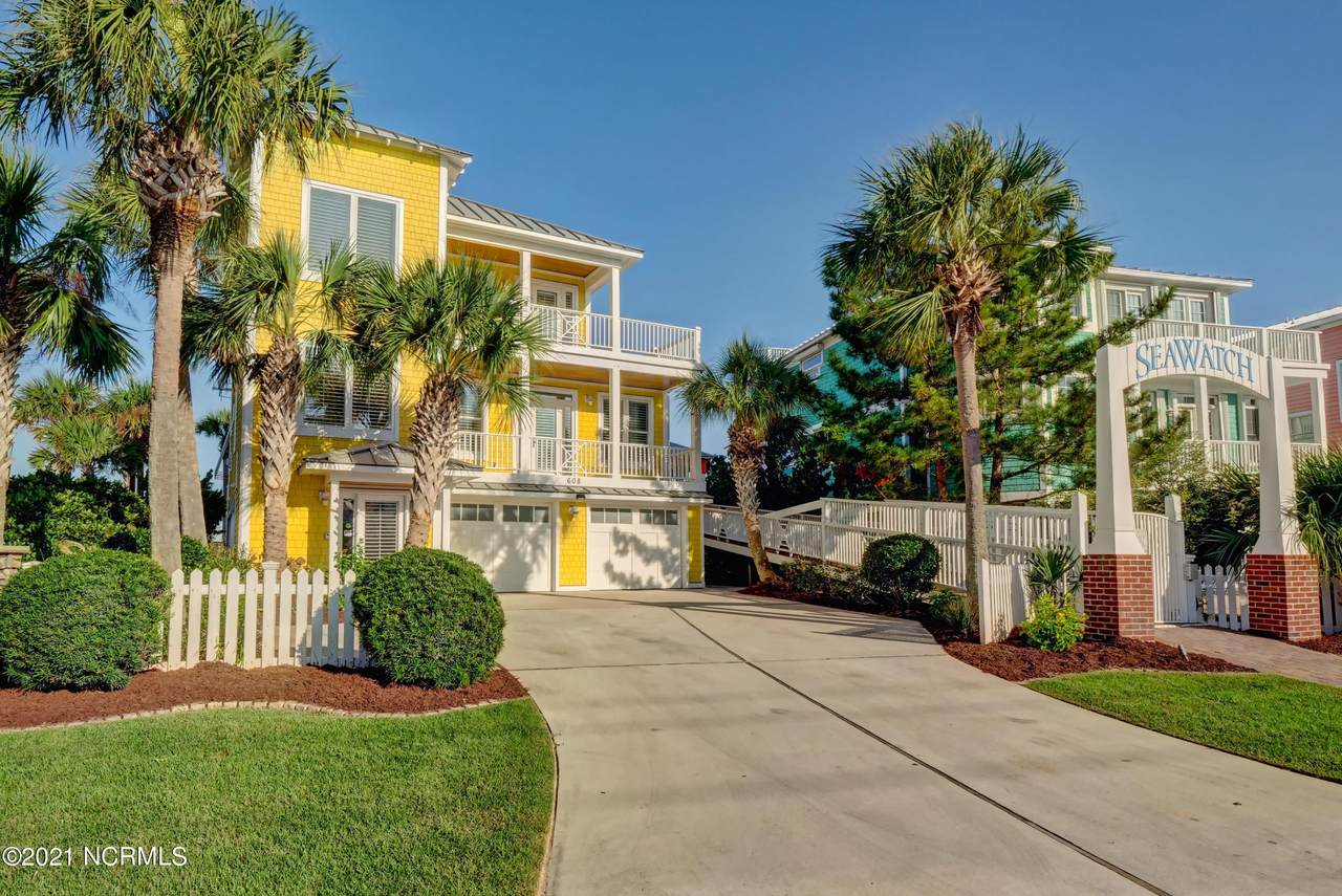 608 Fort Fisher Boulevard - Photo 1