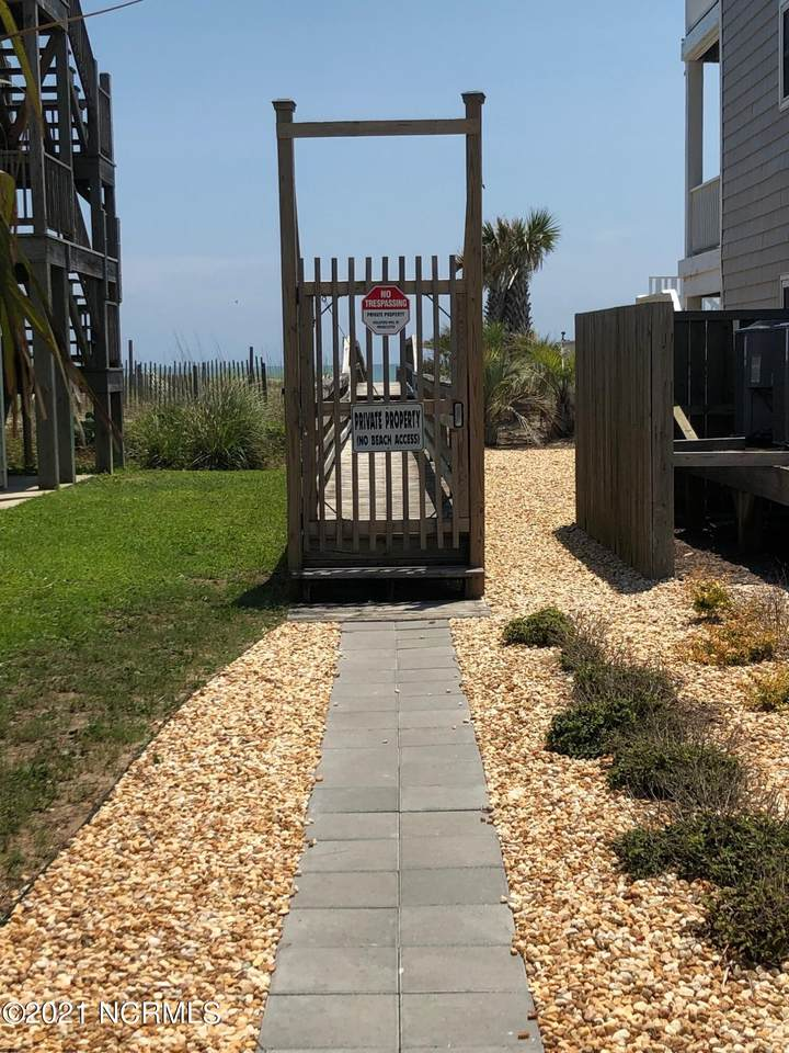 930 Fort Fisher Boulevard - Photo 1