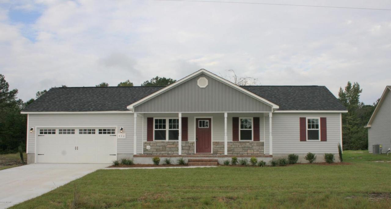 402 Mccall Drive, Jacksonville, NC 28540 (MLS #100019828) :: Century 21 Sweyer & Associates