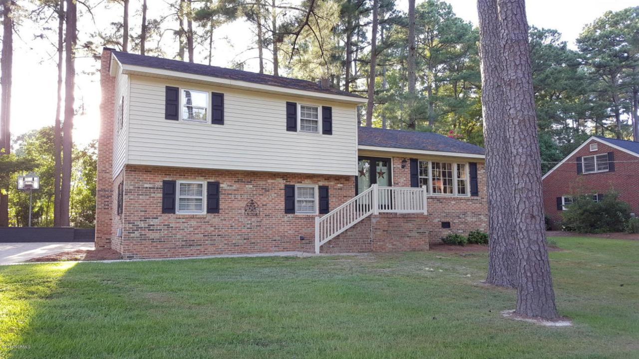 1111 Robin Hill Road NW, Wilson, NC 27896 (MLS #100023227) :: Century 21 Sweyer & Associates