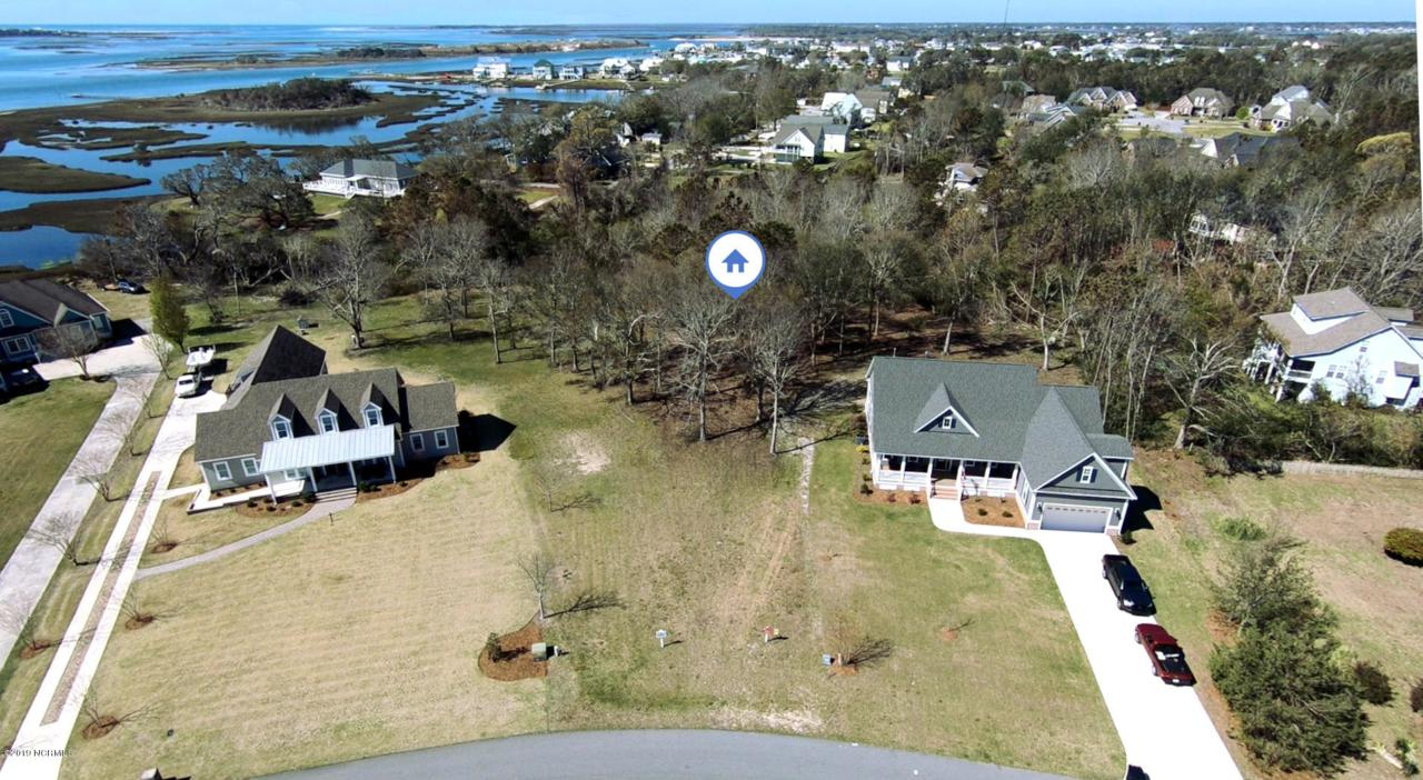 406 Shoreline Drive - Photo 1