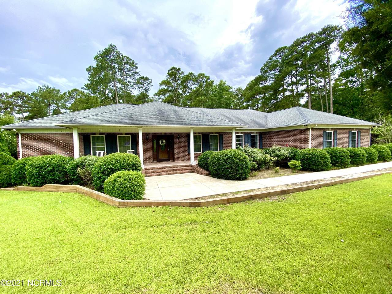 226 Country Club Road - Photo 1