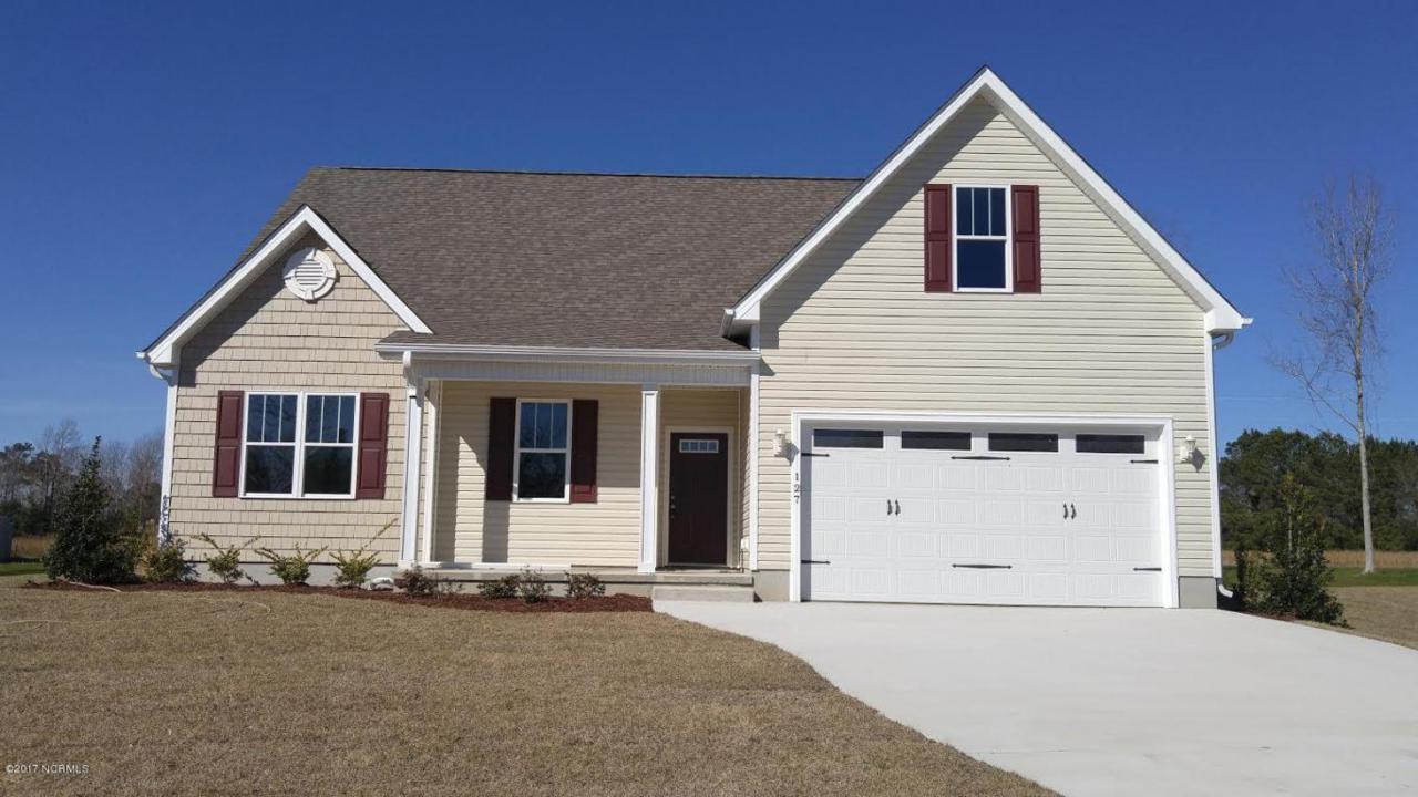 127 Beagle Drive, Hubert, NC 28539 (MLS #100020355) :: Century 21 Sweyer & Associates