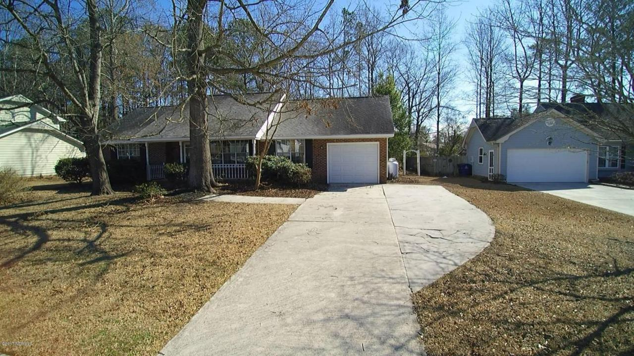 2711 Northwoods Drive, Jacksonville, NC 28540 (MLS #80170783) :: Century 21 Sweyer & Associates