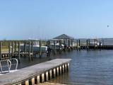 640 Fishermans Point - Photo 3