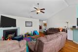 402 Dylan Court - Photo 8