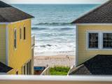 826 Villas Drive - Photo 13