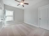 826 Villas Drive - Photo 29