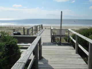 2008 E Fort Macon Road 14 Bld. B, Atlantic Beach, NC 28512 (MLS #100035404) :: Century 21 Sweyer & Associates