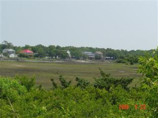 1033 Tide Ridge Drive, Holden Beach, NC 28462 (MLS #20654713) :: Century 21 Sweyer & Associates