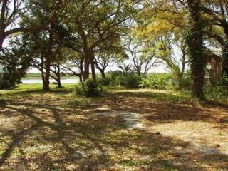 2028 Camelot Drive SW, Ocean Isle Beach, NC 28469 (MLS #20683157) :: Century 21 Sweyer & Associates