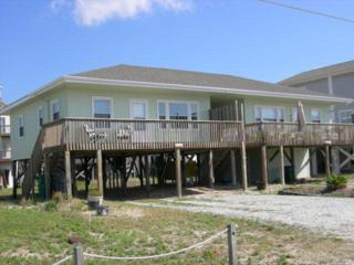 1303 N Shore Drive, Surf City, NC 28445 (MLS #40026516) :: Century 21 Sweyer & Associates