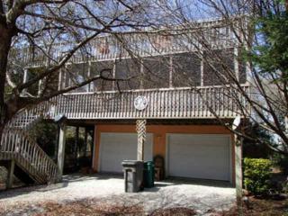 105 Oak Drive N, Surf City, NC 28445 (MLS #40207747) :: Century 21 Sweyer & Associates