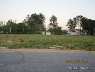 3031 Foxhall Drive, Farmville, NC 27828 (MLS #50109398) :: Century 21 Sweyer & Associates