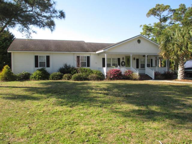 572 Bayview Drive, Harkers Island, NC 28531 (MLS #100051245) :: Century 21 Sweyer & Associates