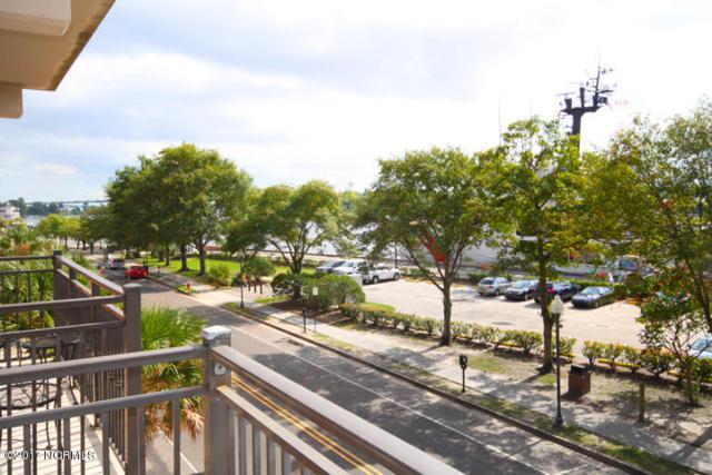 106 N Water Street #312, Wilmington, NC 28401 (MLS #100058264) :: Century 21 Sweyer & Associates