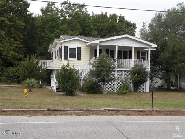 701 E Moore Street, Southport, NC 28461 (MLS #100061201) :: Century 21 Sweyer & Associates
