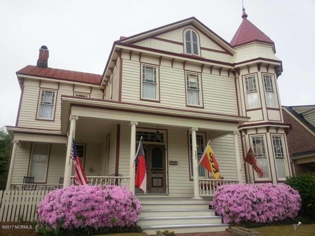 207 Pollock Street, New Bern, NC 28560 (MLS #100076737) :: Century 21 Sweyer & Associates