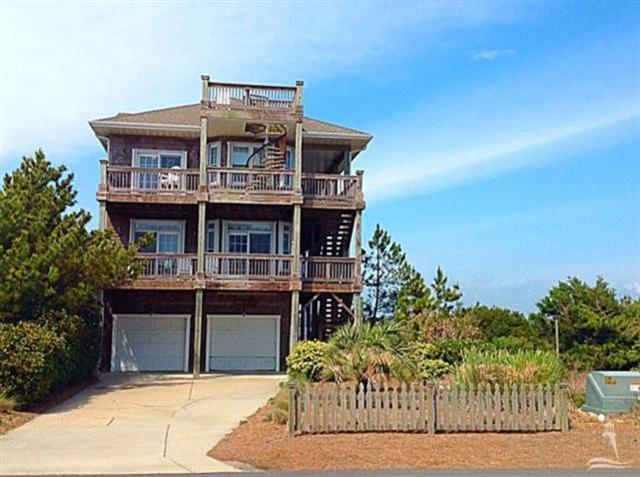 6002 W Beach Drive, Oak Island, NC 28465 (MLS #100101439) :: RE/MAX Essential