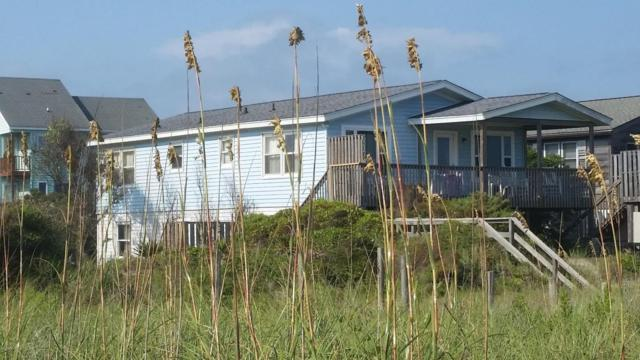 6317 W Beach Drive, Oak Island, NC 28465 (MLS #100106276) :: Century 21 Sweyer & Associates