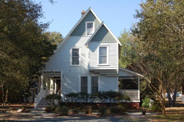 319 N Atlantic Avenue, Southport, NC 28461 (MLS #100106358) :: David Cummings Real Estate Team