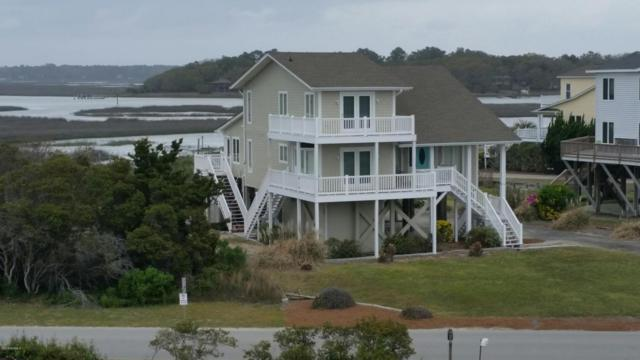 1220 Ocean Boulevard W, Holden Beach, NC 28462 (MLS #100111119) :: Coldwell Banker Sea Coast Advantage
