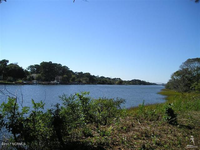 2747 Pinecrest Drive, Southport, NC 28461 (MLS #100111774) :: The Oceanaire Realty