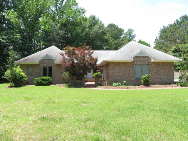 1004 Crabtree Circle, New Bern, NC 28562 (MLS #100117879) :: Berkshire Hathaway HomeServices Prime Properties