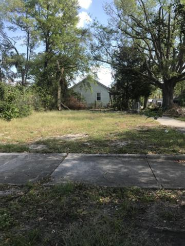 19 S 11th Street, Wilmington, NC 28401 (MLS #100140721) :: Vance Young and Associates