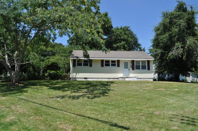 301 Banks Street, Jacksonville, NC 28540 (MLS #100140981) :: Terri Alphin Smith & Co.