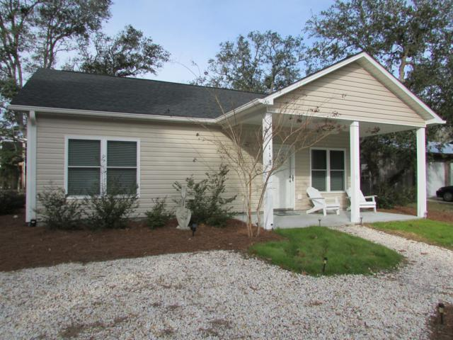 113 NW 7th Street, Oak Island, NC 28465 (MLS #100145779) :: Chesson Real Estate Group