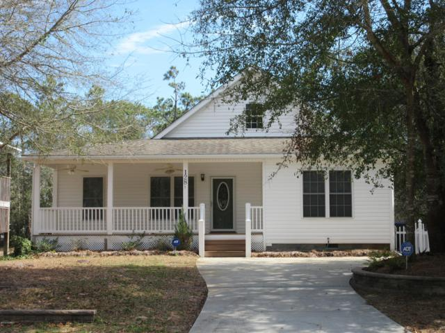 128 NW 15th Street, Oak Island, NC 28465 (MLS #100150949) :: RE/MAX Essential
