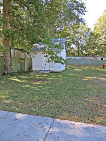 1713 Fayetteville Street, New Bern, NC 28560 (MLS #100153769) :: Castro Real Estate Team
