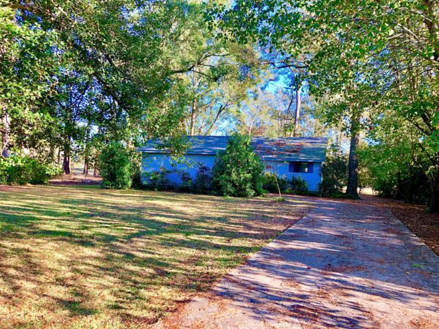 909 Plantation Drive Drive, New Bern, NC 28562 (MLS #100154067) :: Donna & Team New Bern