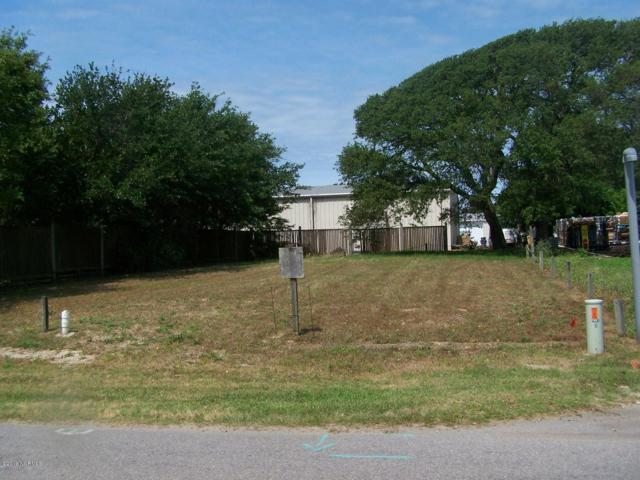 101 SE 49th Street, Oak Island, NC 28465 (MLS #100165360) :: Lynda Haraway Group Real Estate
