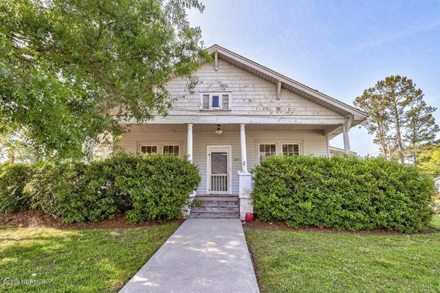 211 W Fremont Street, Burgaw, NC 28425 (MLS #100166218) :: Century 21 Sweyer & Associates