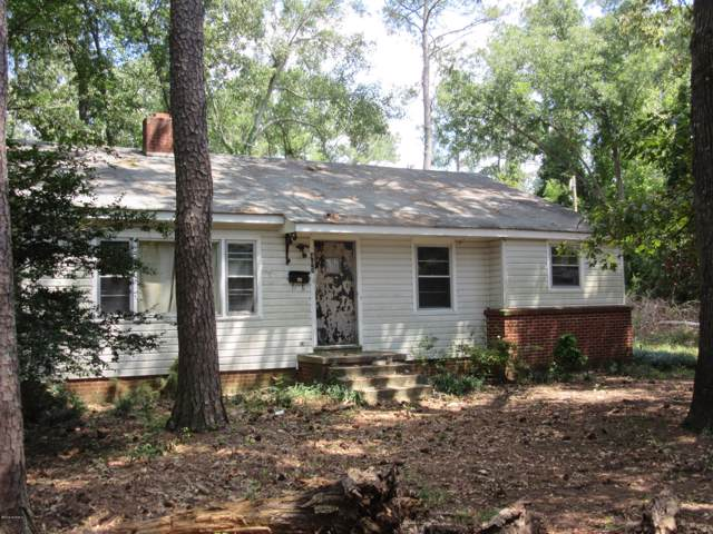 405 S Austin Street, Maxton, NC 28364 (MLS #100178165) :: Castro Real Estate Team
