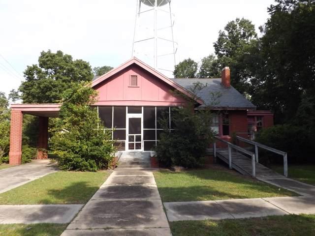 301 S Caledonia Road, Laurinburg, NC 28352 (MLS #100180324) :: The Bob Williams Team