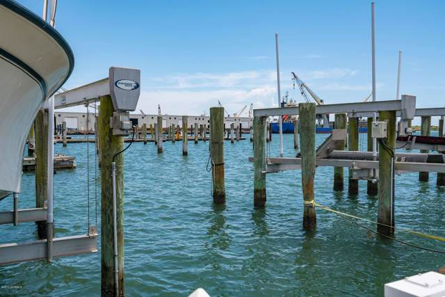 301 Arendell Street Slip #15, Morehead City, NC 28557 (MLS #100181210) :: Vance Young and Associates