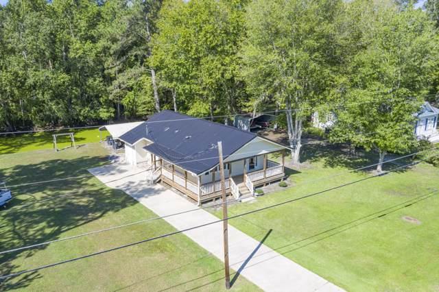 2004 Waccamaw Shores Road, Lake Waccamaw, NC 28450 (MLS #100182638) :: The Keith Beatty Team