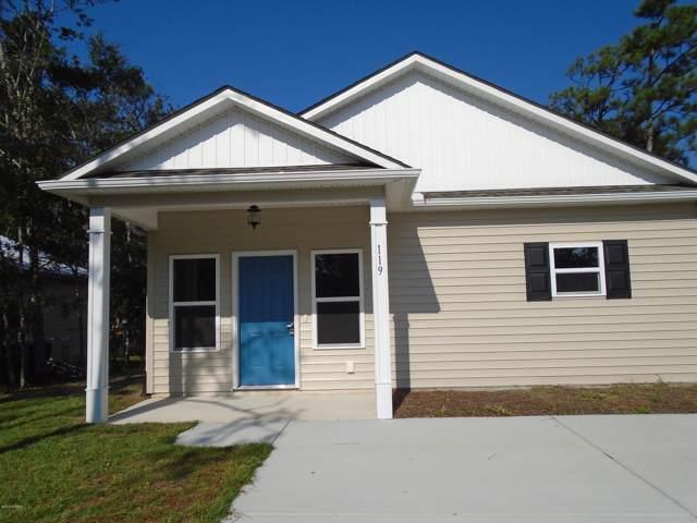 119 NE 11th Street, Oak Island, NC 28465 (MLS #100183926) :: The Keith Beatty Team