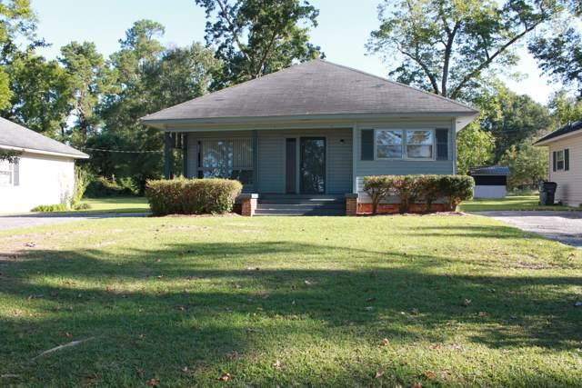 206 Lake Shore Drive, Lake Waccamaw, NC 28450 (MLS #100185620) :: Courtney Carter Homes