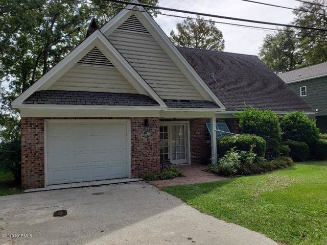 1702 Canal Cove Road, Lake Waccamaw, NC 28450 (MLS #100189265) :: Courtney Carter Homes