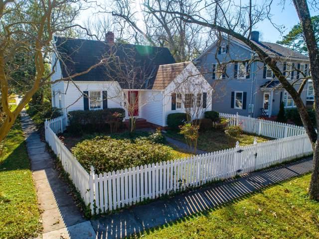 401 Avenue D, New Bern, NC 28560 (MLS #100201106) :: Castro Real Estate Team