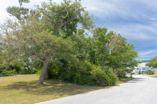 22 Sandy Lane, Surf City, NC 28445 (MLS #100217046) :: Berkshire Hathaway HomeServices Hometown, REALTORS®