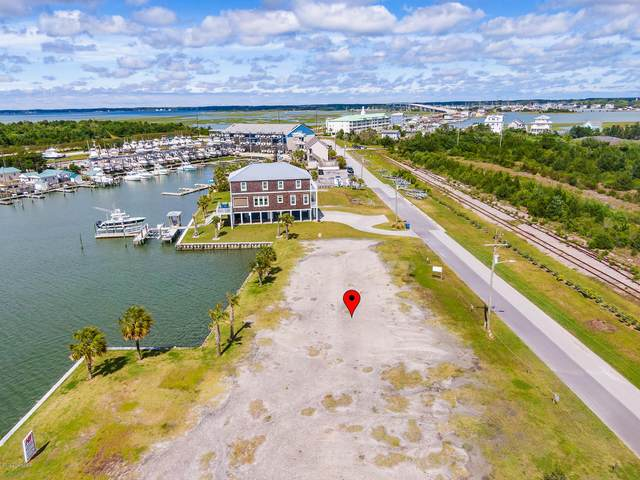 208 Radio Island Road, Morehead City, NC 28557 (MLS #100218878) :: Lynda Haraway Group Real Estate