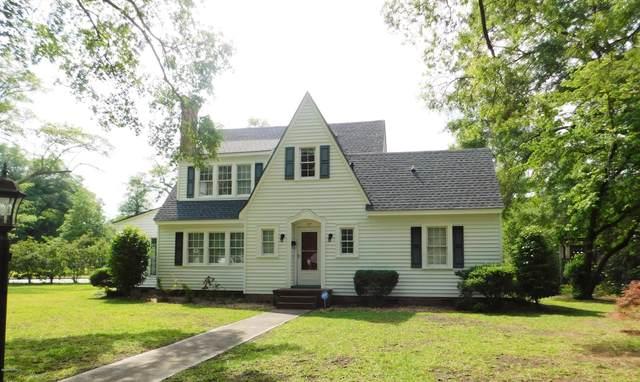 717 Peden Street, Laurinburg, NC 28352 (MLS #100219649) :: Vance Young and Associates